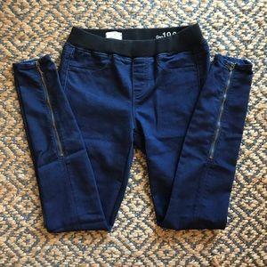 GAP Dark Wash Legging Jean with Zipper Detail